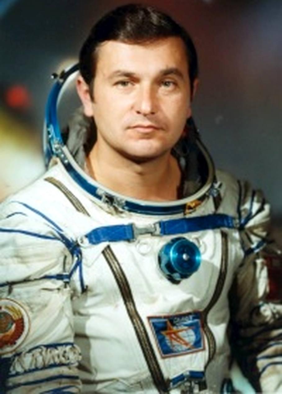 фото космонавта титова что