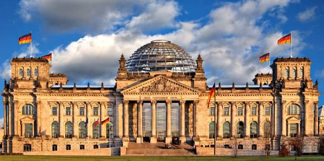 Рейхстаг - история главного здания Германии