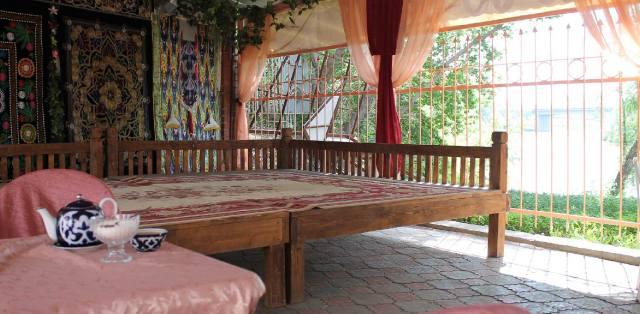 Топчан - история появления мебели