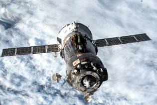 Фото: взрыв двигателя Союз-33, интересные факты