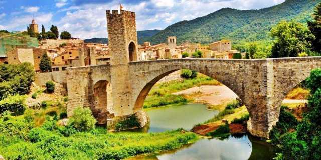 Жирона - легенды достопримечательностей города в Испании