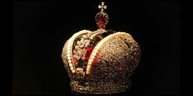 Корона Российской империи - как СССР продавала императорский венец