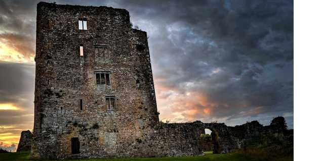 Замок Лип в Ирландии - призраки и жестокие духи
