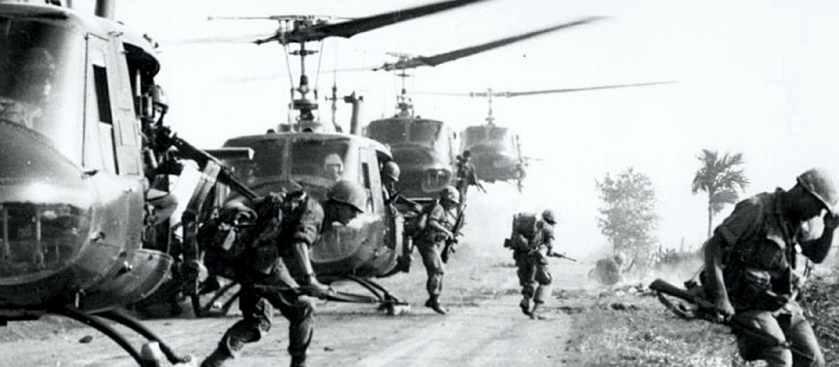 Поиск солдат Вьетнама армией США по запаху мочи