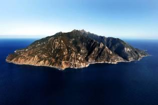 Фото: остров Монте-Кристо — интересные факты