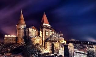 Фото: сколько стоит старинный замок, интересные факты