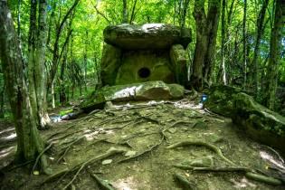 Фото: дольмены Кавказа — интересные факты