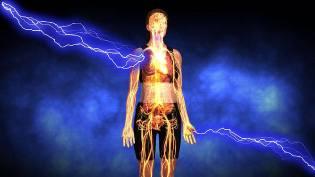 Фото: удар молнии в человека, интересные факты