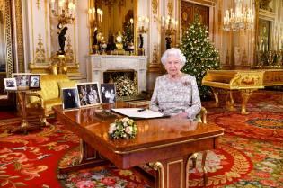 Фото: королева Англии — интересные факты