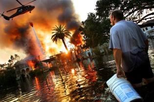 Фото: ураган на службе расизма, интересные факты