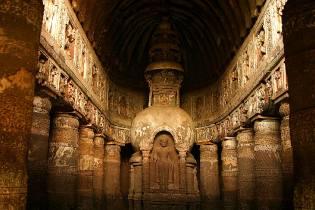 Фото: храмовые пещеры Аджанта, интересные факты