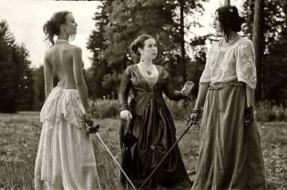 Фото: женские дуэли — интересные факты