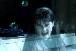 Фото: призраки классной комнаты — интересные факты