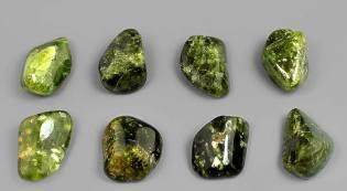 Фото: камень везувиан — интересные факты
