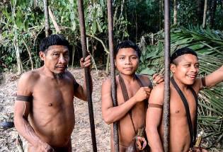 Фото: племя корубо — интересные факты