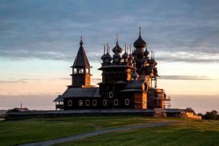 Фото: деревянные храмы Русского Севера