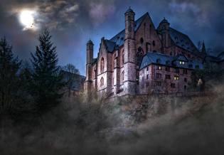 Фото: призраки крепости — интересные факты