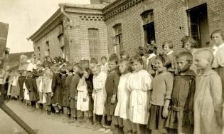 Фото: кругосветка детей Петрограда, интересные факты