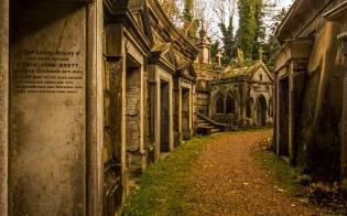 Фото: призраки кладбища Хайгейт, интересные факты