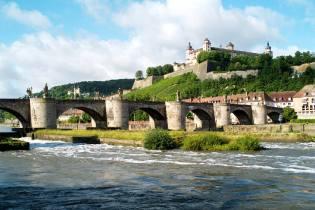 Фото: легенды старых мостов — интересные факты