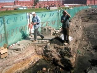 Фото: раскопки в Петропавловской крепости, интересные факты