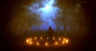 Фото: магические ритуалы огня в полнолуние
