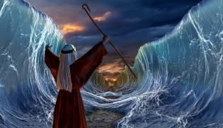 Фото: как Красное море расступилось перед Моисеем?