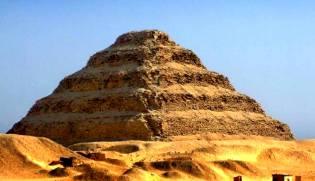 Фото: загадка пирамиды Джосера, интересные факты