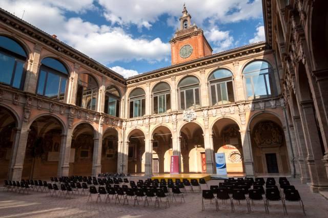 Фото: университет Болоньи — история, интересные факты