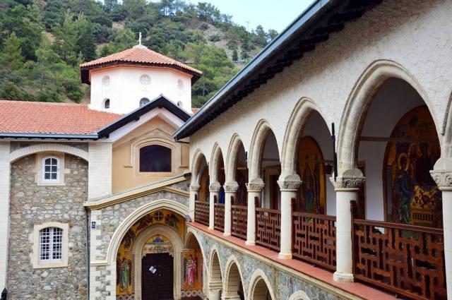 Фото: монастырь Киккской иконы богоматери на Кипре