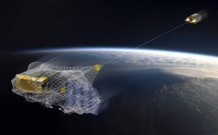 Фото: космический мусор на орбите Земли, интересные факты