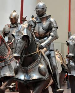 Фото: доспехи рыцаря средневековья, интересные факты