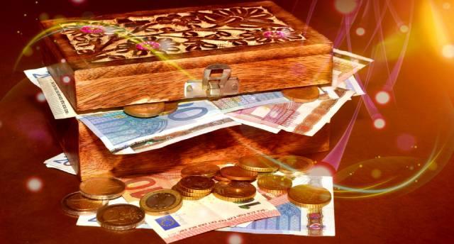Фото: как притянуть деньги взглядом?