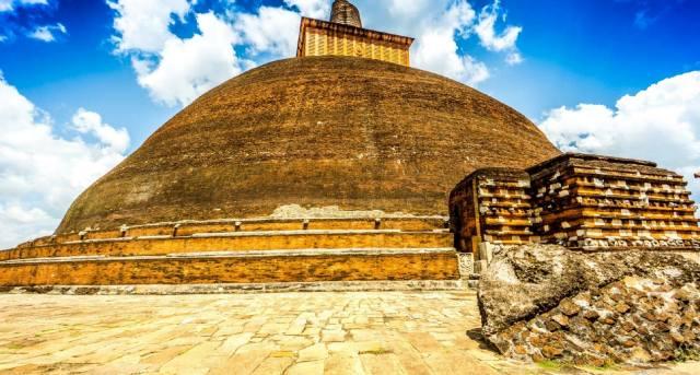 Фото: самые известные древние святилища