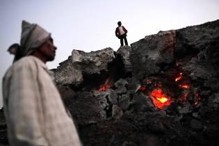 Фото: огненная гора Кантаг, интересные факты