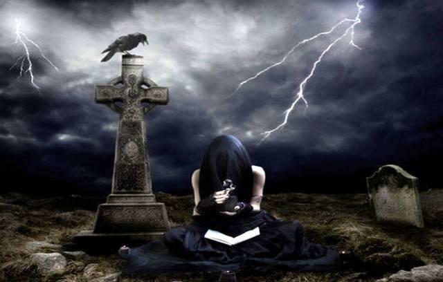 Фото: Печать дьявола на могилах