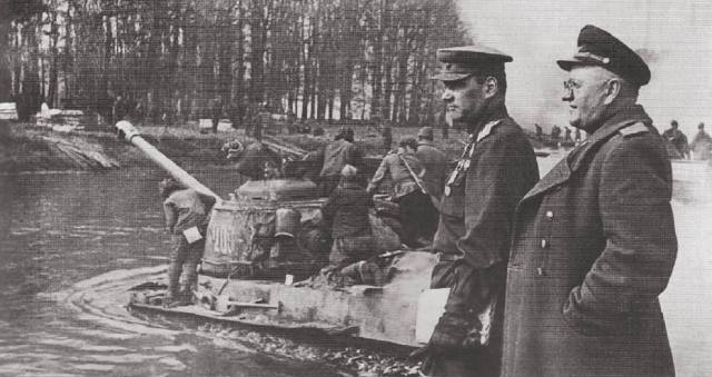 Форсирование Тельтов-канала в Берлине во время войны
