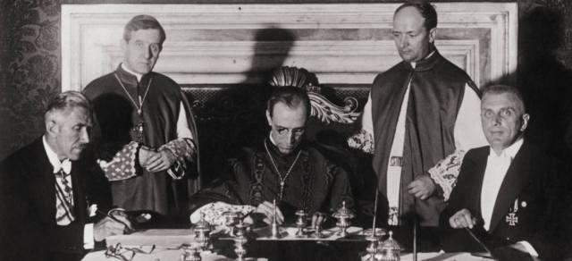 Сотрудничал ли папа Пий XII с нацистами?
