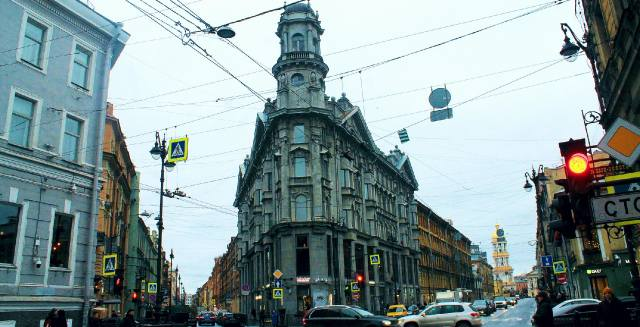 Пять углов в Санкт-Петербурге