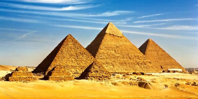 Египетские пирамиды — как их строили?
