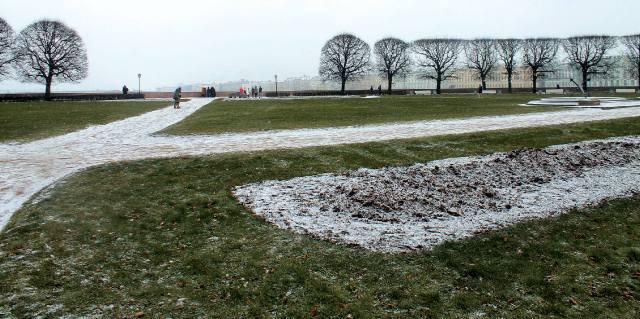 Зимние аллеи Биржевого сквера