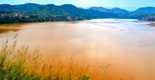 Озеро Ниос в Камеруне: Лимнологическая катастрофа