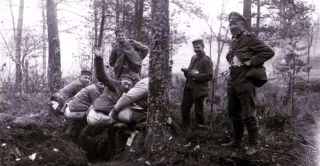 Как ходили в туалет на войне?