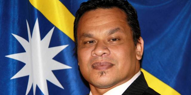 Хаммер Деробурт: Президент «съеденного острова» Науру