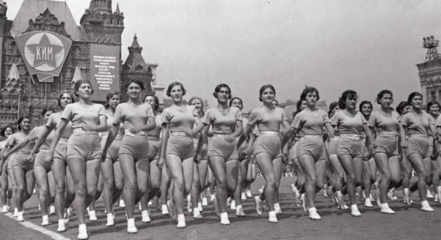 Парад физкультурников 1936 на Красной площади