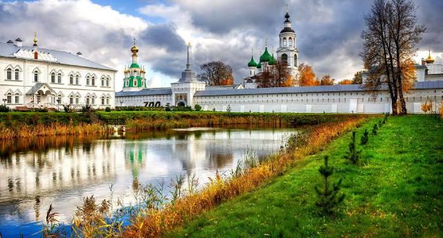 Свято-Введенский Толгский монастырь в Ярославле
