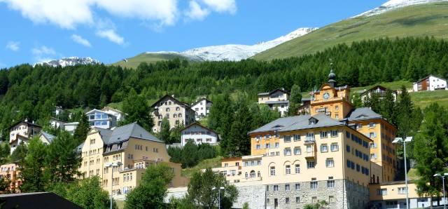 Цуоц: Долина Энгадин в Швейцарии