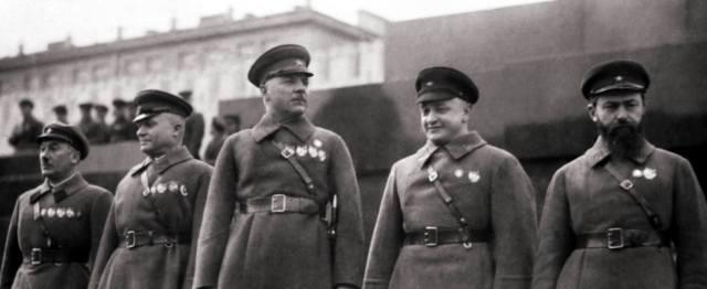 1937 год — репрессии Сталина в армии1937 год — репрессии Сталина в армии