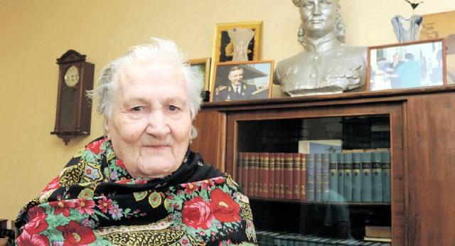 Елена Чухнюк: Машинист паровоза