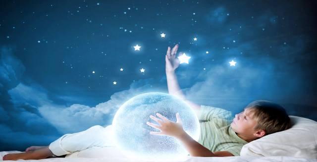 Как Луна влияет на сны?